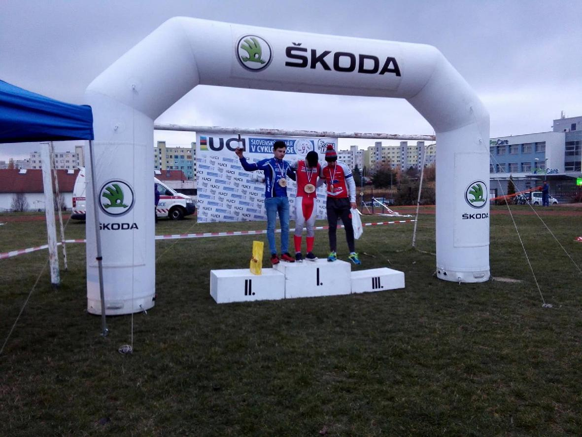 obr: Černek získal ďalšie body do Svetového pohára v cyklokrose.