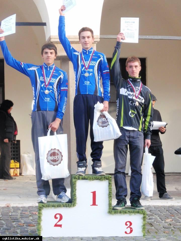 obr: Bellan zvíťazil v cyklokrose.