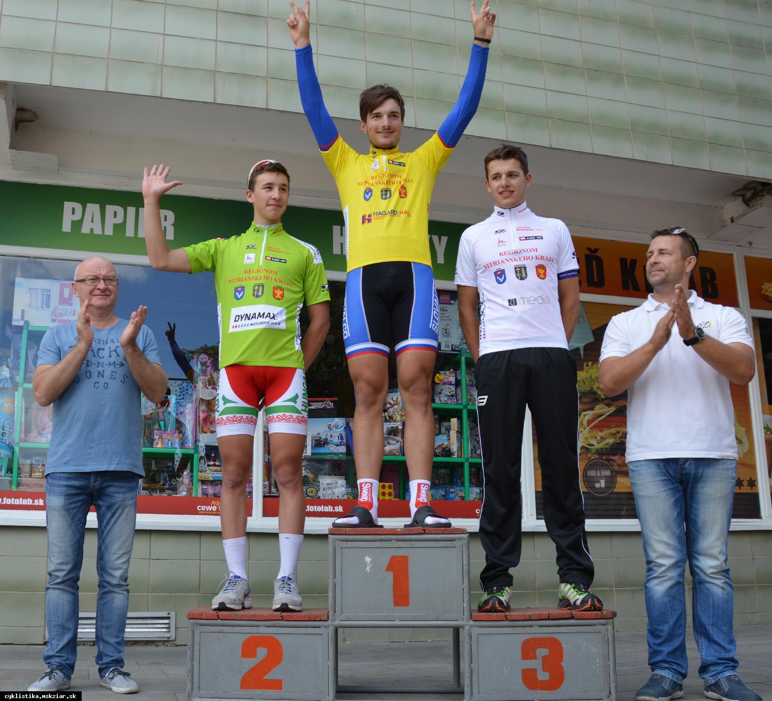 obr: Černek, Foltán a Zimány získali bronz na M-SR v cyklokrose